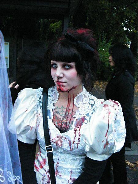450px-Zombiewalk_kempten_3