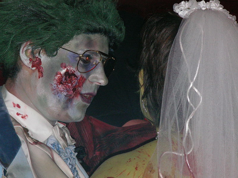 800px-Zombie_and_Bride_of_the_Zombie